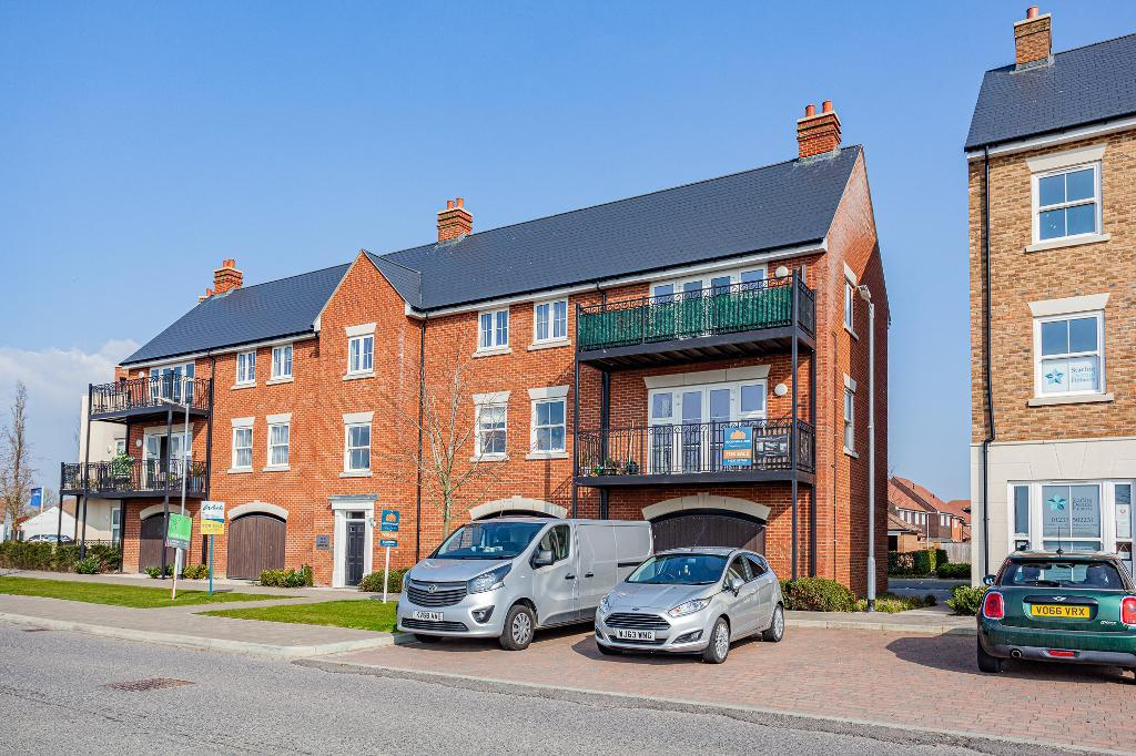 Avocet Way, Finberry, Ashford, Kent, TN25 7FR
